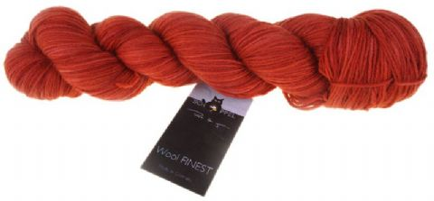 WOOL FINEST Red spot